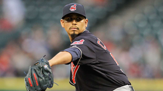 indians-carlos-carrasco-hit-head-line-drive.jpg