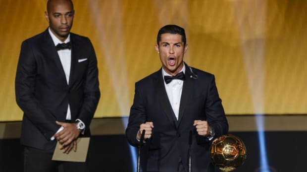 Cristiano Ronaldo celebrates Ballon d'Or with weird yell