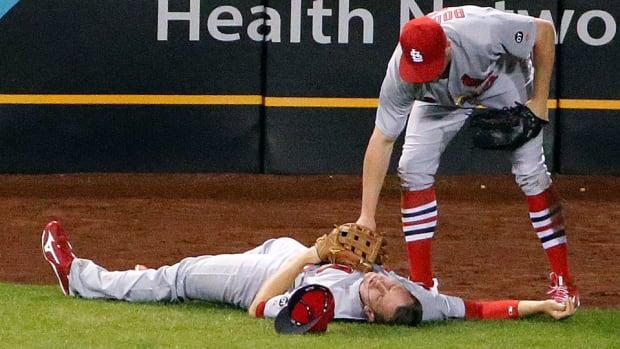 stephen-piscotty-st-louis-cardinals-collision-injury-update.jpg