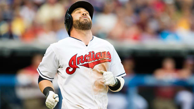 cleveland-indians-jason-kipnis-injury-shoulder.jpg