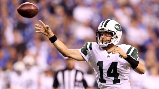 jets-quarterback-ryan-fitzpatrick-geno-smith-return.jpg
