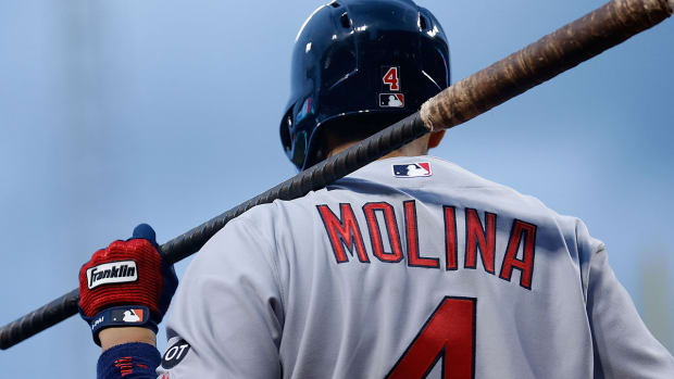 Cardinals hope Yadier Molina will return from injury before playoffs -- IMAGE