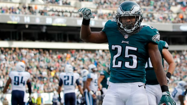 Report: Eagles trade LeSean McCoy to Bills for Kiko Alonso IMAGE