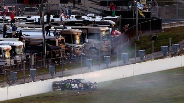 Kyle Busch to miss Daytona 500 after Xfinity crash