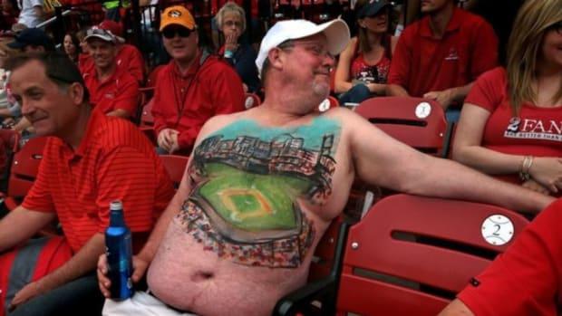 cardinals-fan-belly-painting.jpg