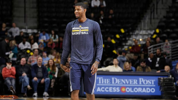 Pacers F Paul George dunks in practice IMAGE