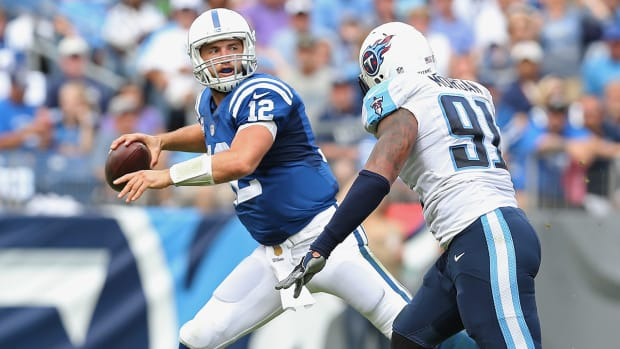 Luck and Colts grab first win against Titans IMAGE