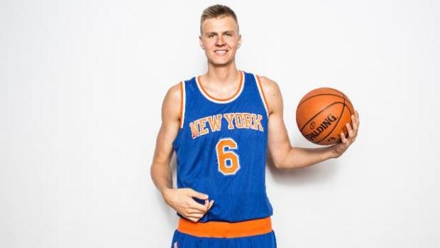 Knicks rookie Kristaps Porzingis says girls like his height - IMAGE