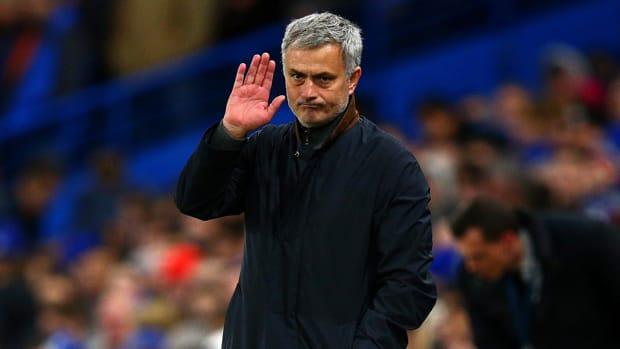 jose-mourinho-chelsea-sacked.jpg