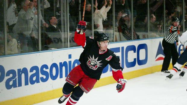 2003-New-York-Rangers-Brian-Leetch.jpg