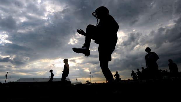 texas-high-school-football-referee-targetting.jpg