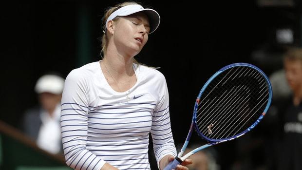 maria-sharapova-loses-lead.jpg