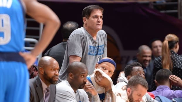 mark-cuban-fined-deandre-jordan-dallas-mavericks.jpg