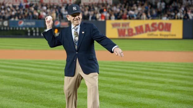 yankees-yogi-berra-quotes.jpg