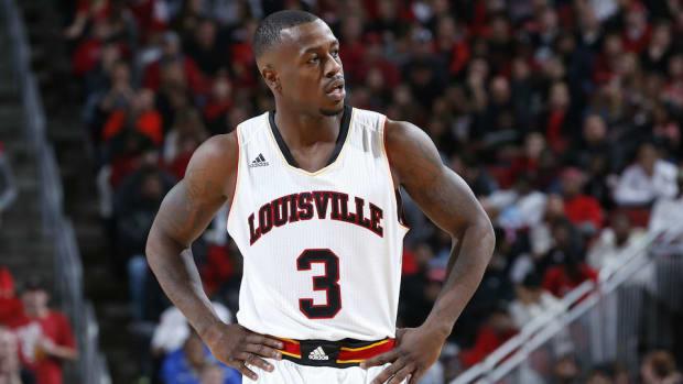 Chris Jones Louisville flopping