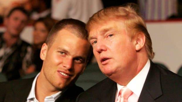 patriots-tom-brady-deflategate-donald-trump-hat.jpg
