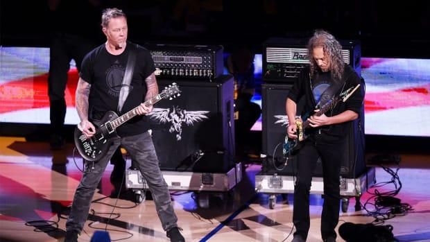 Metallica performs national anthem before Game 5 IMAGE