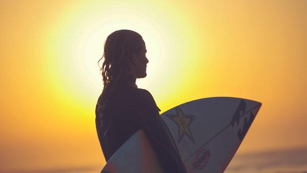 courtney-conlogue-world-surf-league-title-race-surfing-960.jpg