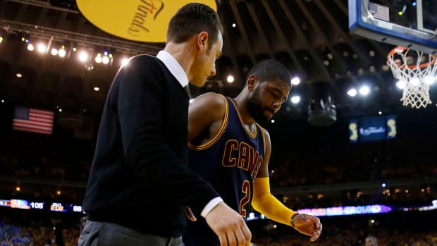 cleveland-cavaliers-kyrie-irving-injury-twitter-reaction.jpg