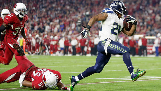 Seahawks FB: No one wants to tackle Marshawn Lynch-image