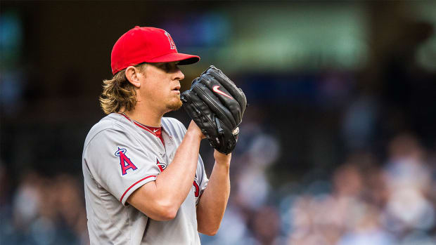 Angels place starter Jered Weaver (hip) on 15-day disabled list