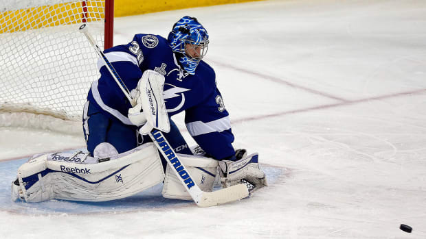 lightning_goalie.jpg