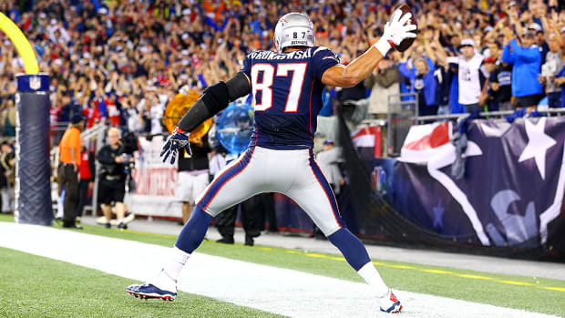 rob-gronkowski-new-england-patriots-against-the-grain.jpg