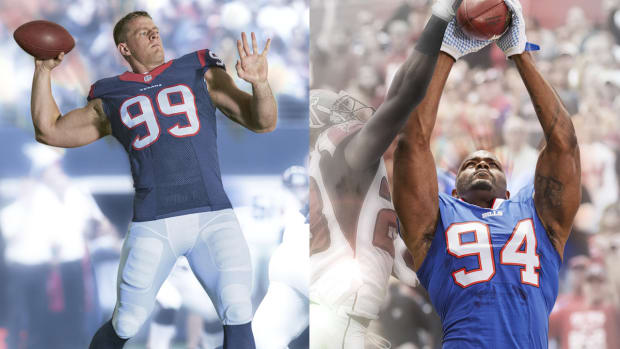 Trading places: J.J. Watt and Mario Williams on offense IMAGE