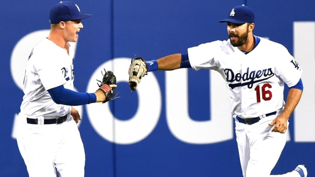 joc-pederson-los-angeles-dodgers-defense.jpg