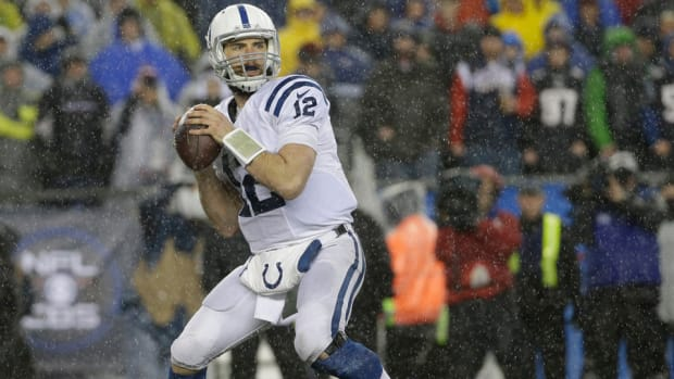 andrew-luck-fifth-year-option-colts.jpg