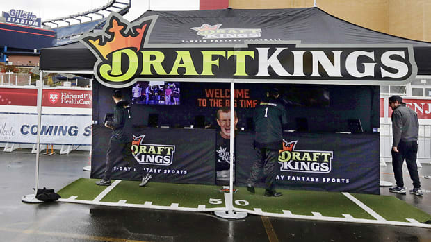 draftkings-960-x-540-fantasy-football.jpg