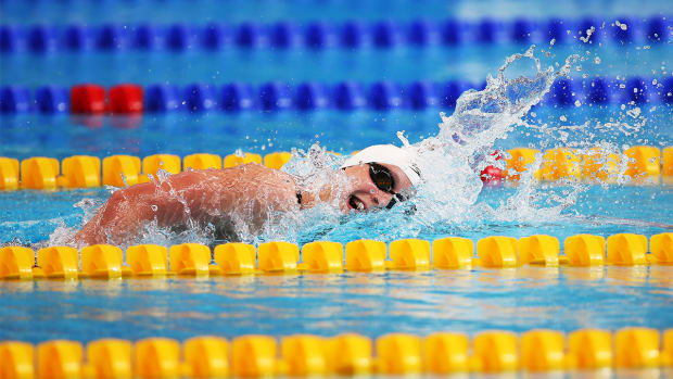 Katie Ledecky sets another world record in 1500M freestyle--IMAGE
