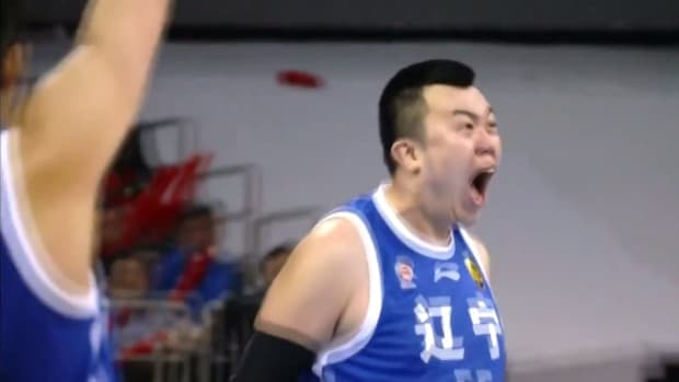 Stephon Marbury got posterized in China