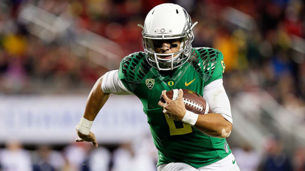 What should Chip Kelly give up to draft Marcus Mariota? - Image