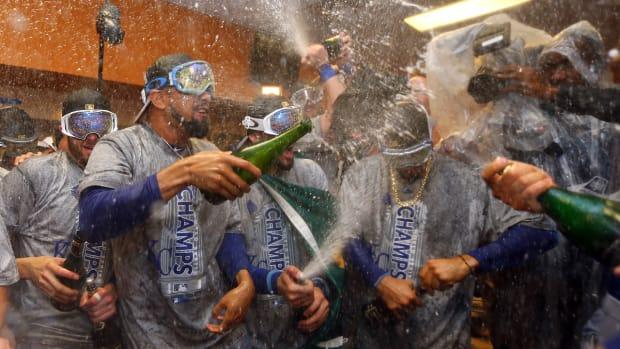 Kansas-City-Royals-win-world-series-1.jpg