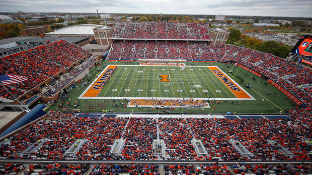 illinois-stadium.jpg