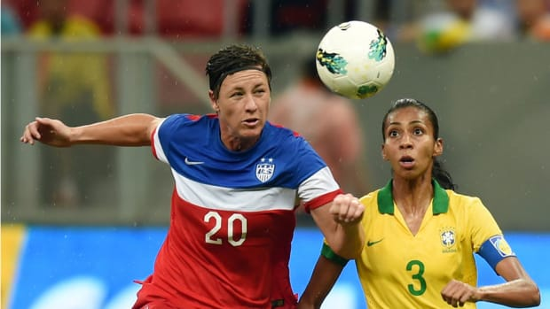 abby wambach 2015 world cup sit out nwsl