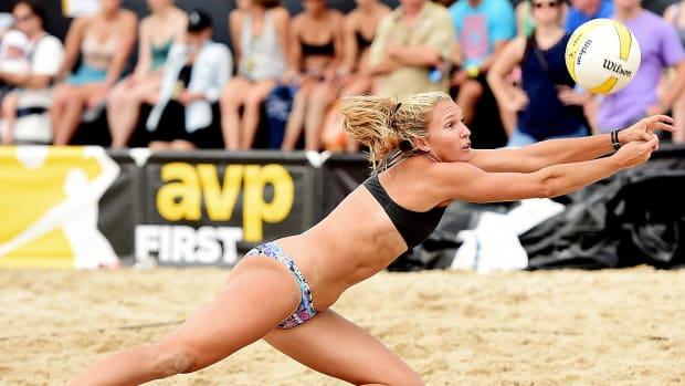 0-lead-beach-volleyball-AVP-X159628_004.jpg