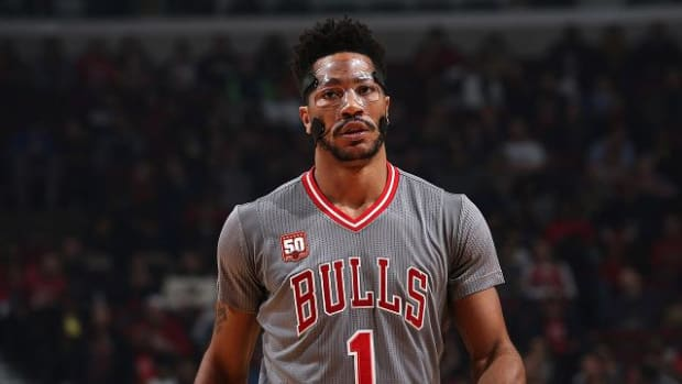 Bulls G Derrick Rose not concerned about ankle injury - IMAGE