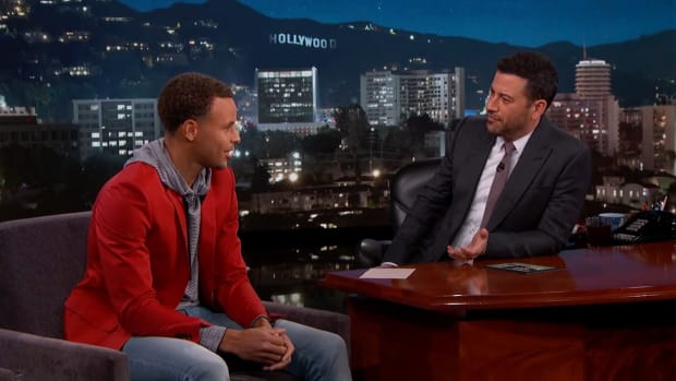 Stephen Curry talks golfing with Obama on 'Jimmy Kimmel Live'--IMAGE
