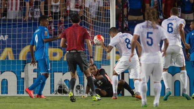dempsey-goal-honduras.jpg