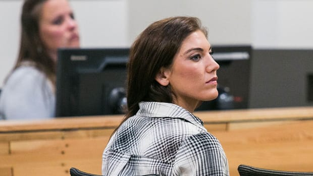 ESPN report casts new questions on Hope Solo domestic violence case IMAGE