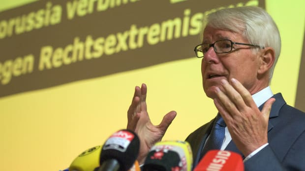 reinhard-rauball-sepp-blatter-resignation.jpg