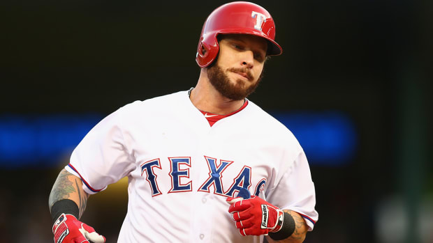 Report: Josh Hamilton (hamstring) to miss four weeks IMAGE