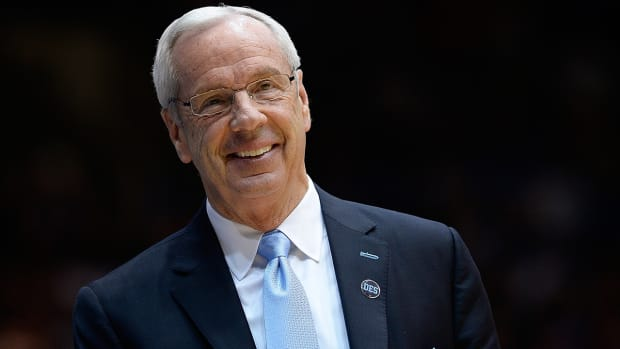 Roy Williams signs contract extension