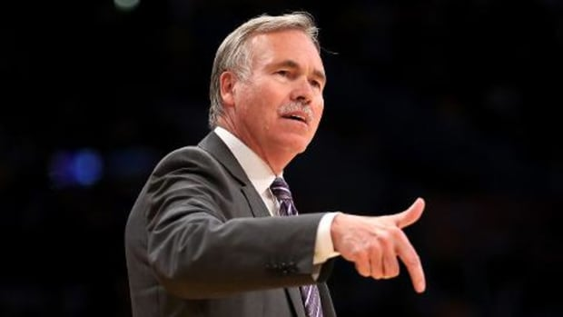 Sixers hire Mike D'Antoni as associate head coach -- IMAGE
