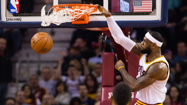 LeBron James regrets never entering the slam dunk contest - image