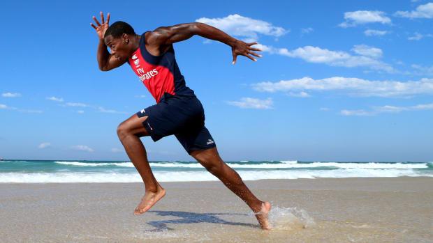 carlin-isles-running-beach-lead.jpg