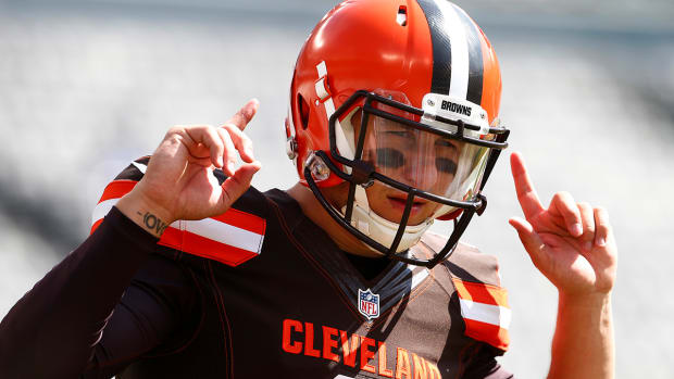 Johnny Manziel replaces injured Josh McCown vs. Jets IMAGE