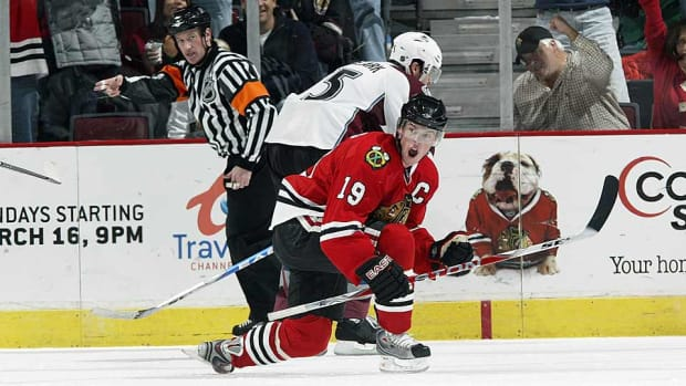 jon-toews-action-Bill-Smith-NHLI.jpg
